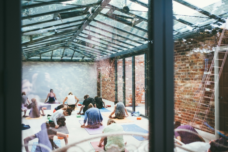 Fishley-Hall-Norfolk-Yoga-Retreat-Photography-Photographer-Darina-Stoda-Devon-1